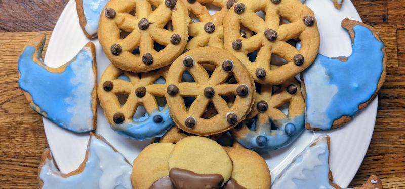 Easter Activity: Make your own biscuits!