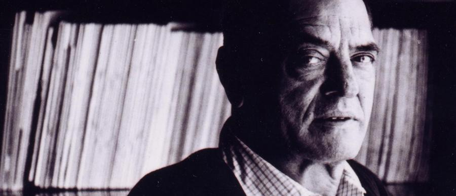 Photo portrait of Spanish filmmaker Luis Buñuel