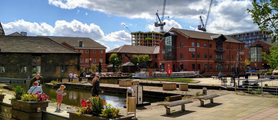 Aire and locks after lockdown: the waterways of Leeds