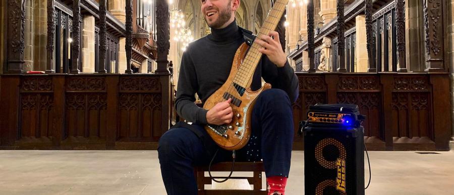 Dave Edwards Bass Guitarist