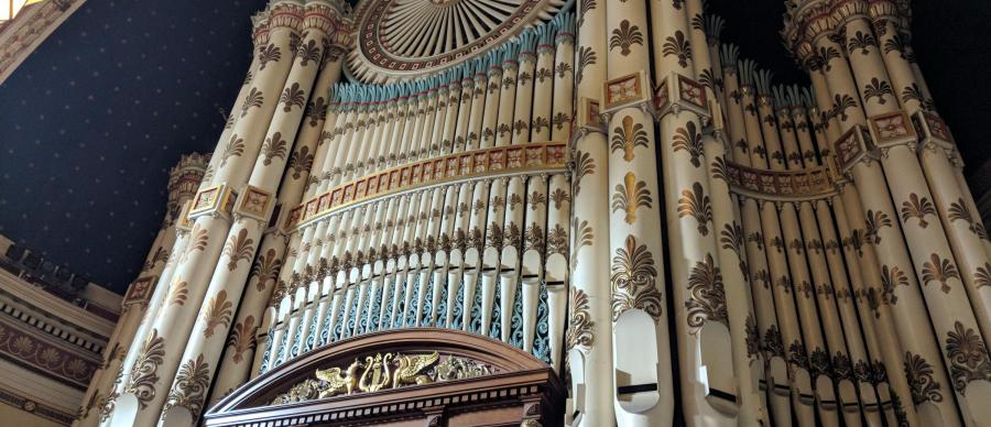 Leeds Town Hall organ