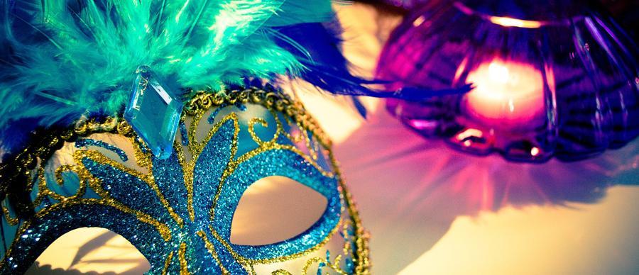 Colourful eyemasks