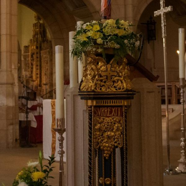 Fiat Lux – Let There Be Light! by Leeds Cathedral