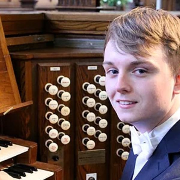 Leeds Lunchtime Organ Music - Joshua Stephens