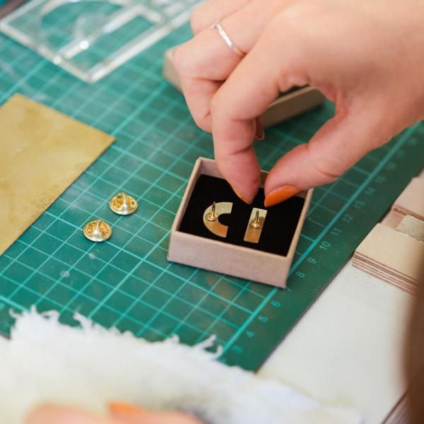 Beginners Brass Pin Badge Making Class